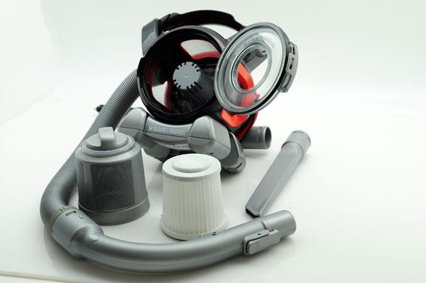 Тестирование автомобильного пылесоса Black & Decker PAD1200