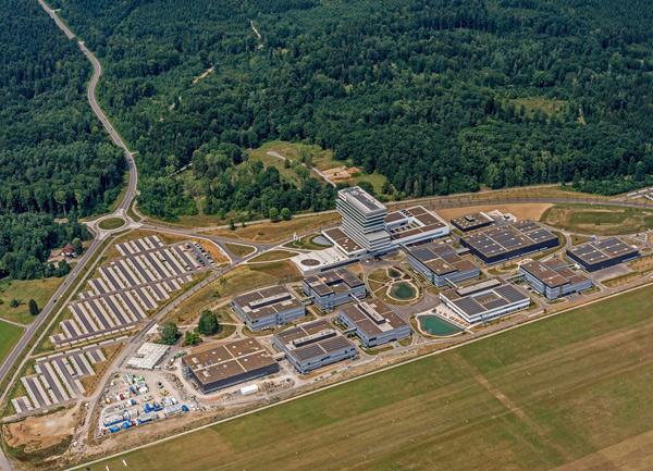 Bosch  открыл центр технологий и инноваций в Реннингене