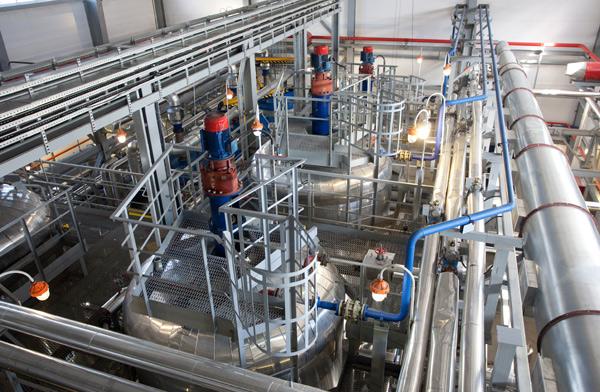 Цех блендинга моторного масла Gazpromneft и G-Energy на Омском заводе смазочных материалов