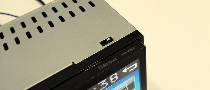 JVC KW-M24BT – мультимедийный ресивер c Bluetooth, тест