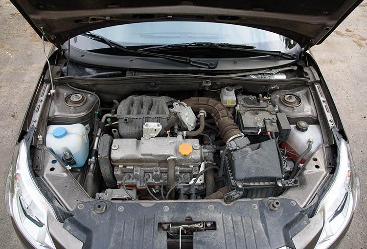 Datsun on-DO с автоматом двигатель под капотом