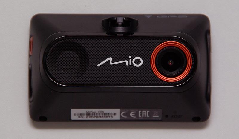 MIO MiVue 786 – автомобильный видеорегистратор с GPS-информером и Wi-Fi, тест