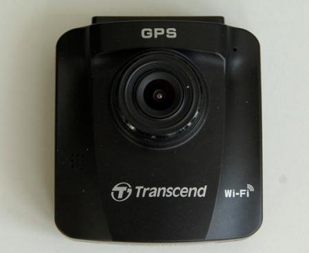 Тестируем автомобильные регистраторы с функцией Wi Fi соединением со смартфоном.