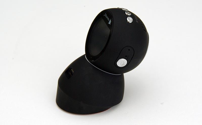 NAVITEL R1000 – автомобильный видеорегистратор с магнитным креплением GPS и Wi-Fi, тест