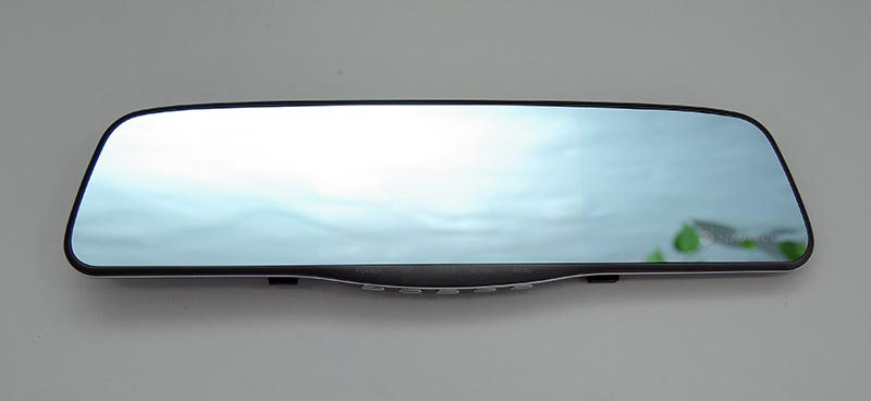 Navitel MR250 – автомобильный видеорегистратор в салонном зеркале, тест