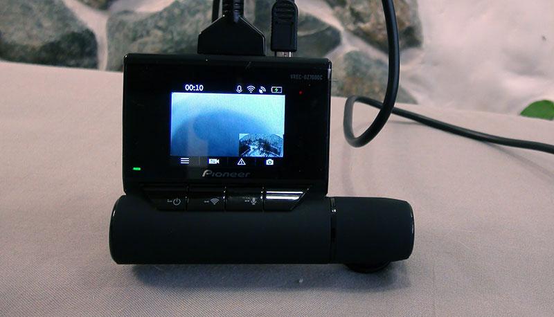 Pioneer VREC-DZ700DC – двухканальный регистратор с Wi-Fi и GPS, тест