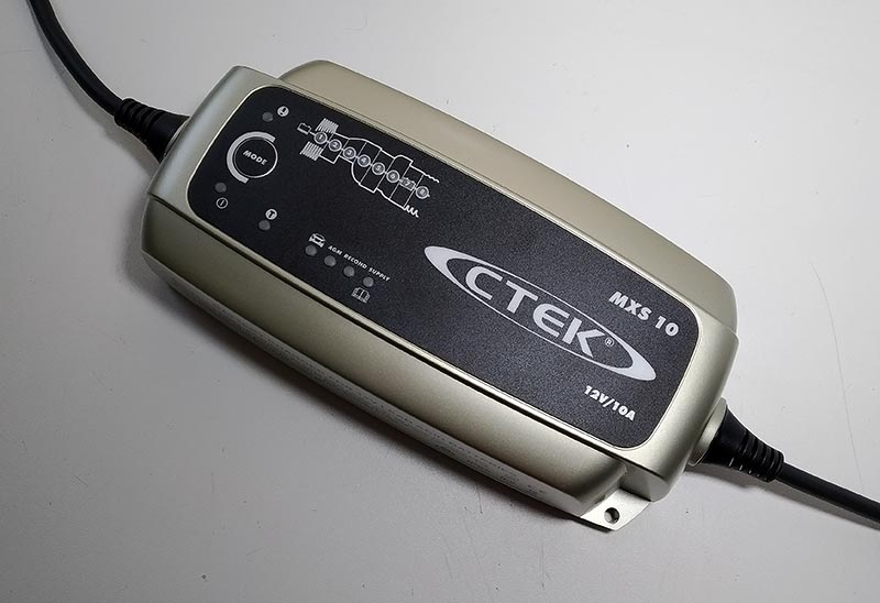 CTEK MXS10 – зарядное устройство для автомобильных аккумуляторов, тест