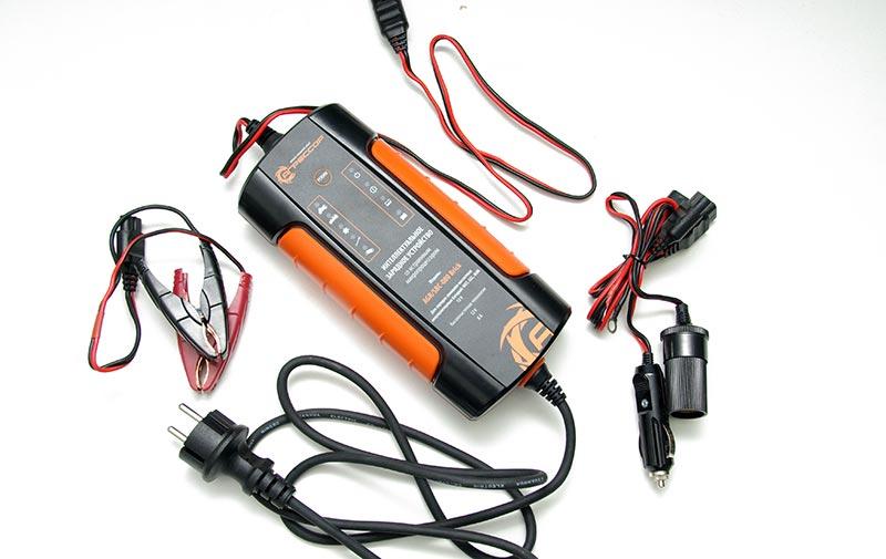 «Агрессор» AGR/SBC-080 Brick – зарядное устройство для автомобильных аккумуляторов, тест