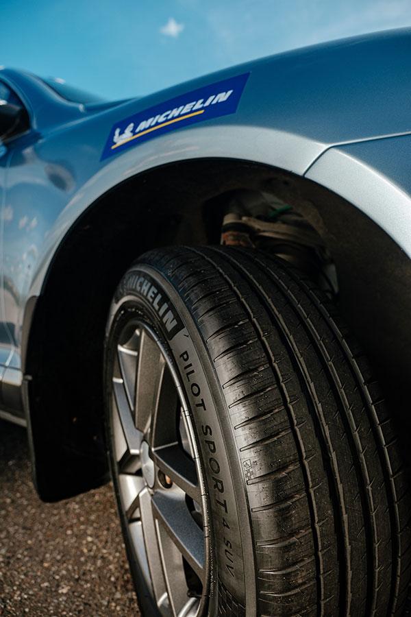 Компания MICHELIN в России провела испытания, сравнив шины разных лет и стран производства