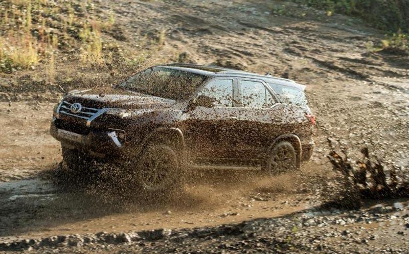 Toyota Fortuner – теперь в России. Специально для России!